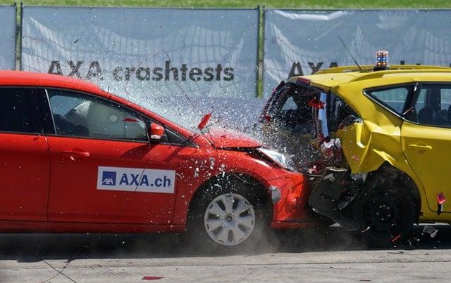 ประกันภัยรถยนต์ คือ